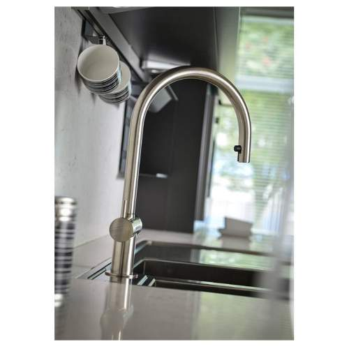 HESTA Pull-Out Kitchen Tap