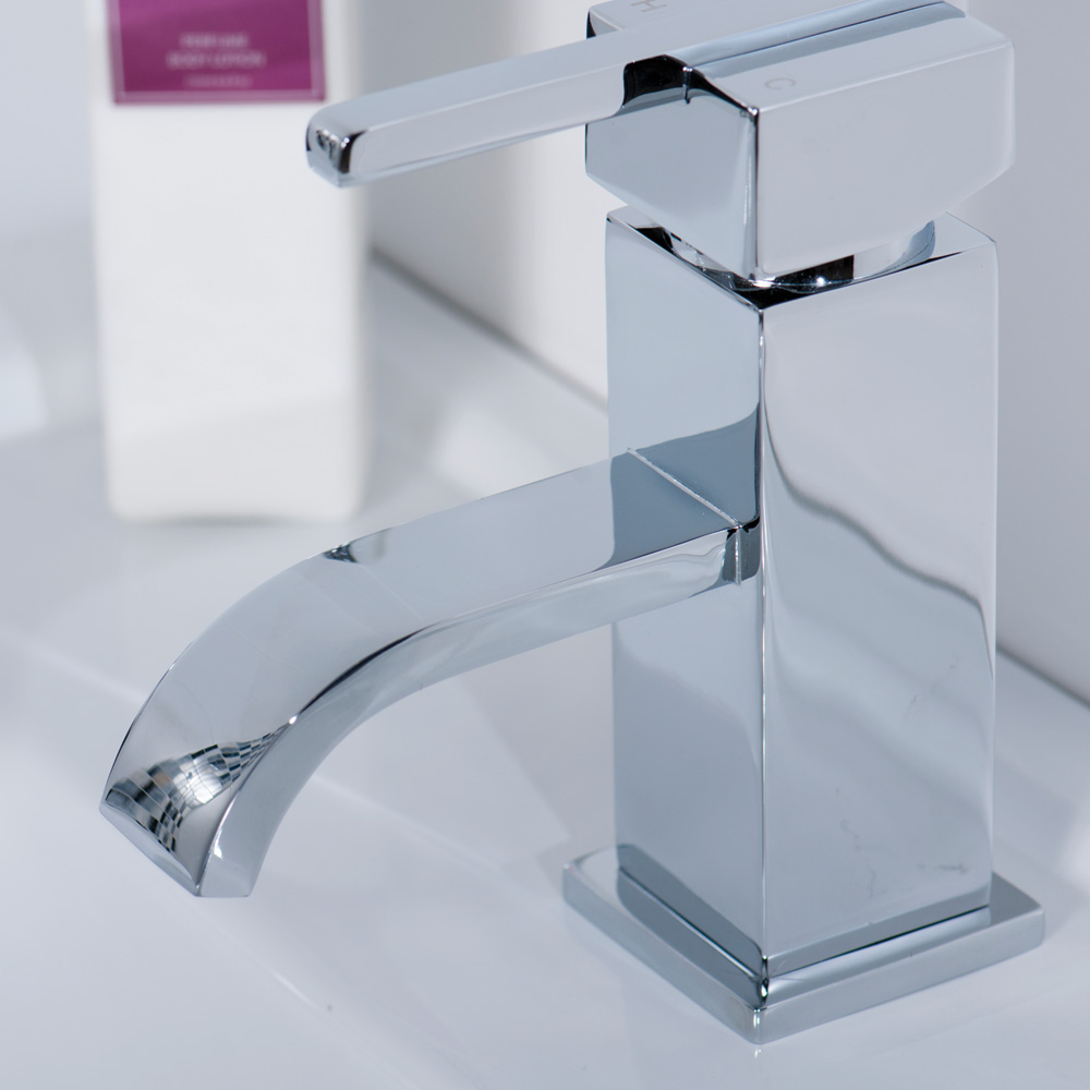 Aquabro EPIC Single Lever Bathroom Basin Mixer Tap - Sinks-Taps.com