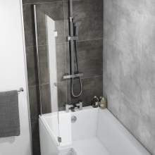 Hinged L-Shaped Bath Screen
