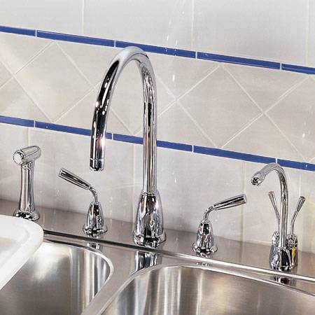 4876 Kitchen Tap with Rinse