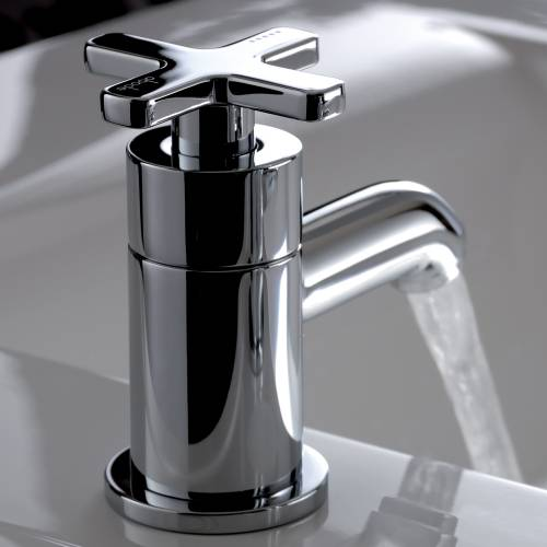 SERENITIE Basin Pillar Taps