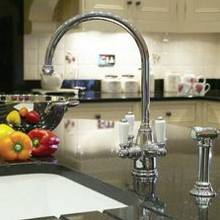 Kitchen Filter Taps with a Separate Hand Spray