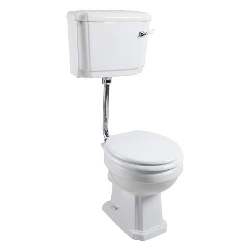 Aquabro Cromford Traditional Low Level Pan & Cistern with Seat & Pipe Kit