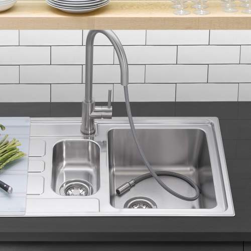 Caple ASPEN SPRAY Pull-0ut Kitchen Tap