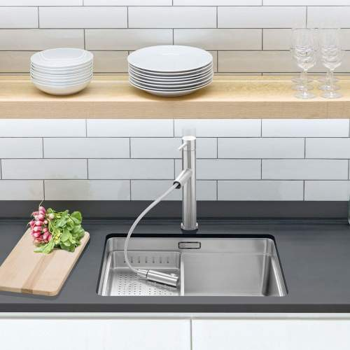 Caple ATLANTA Single Lever Pull-Out Kitchen Tap