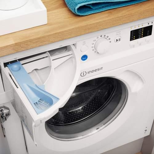 Indesit BIWMIL71452UK Integrated 7kg Washing Machine