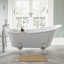Traditiona-Bathroom-Suites.jpg